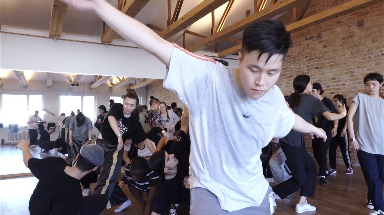 One Community – Urbanes gemeinsames Tanzen