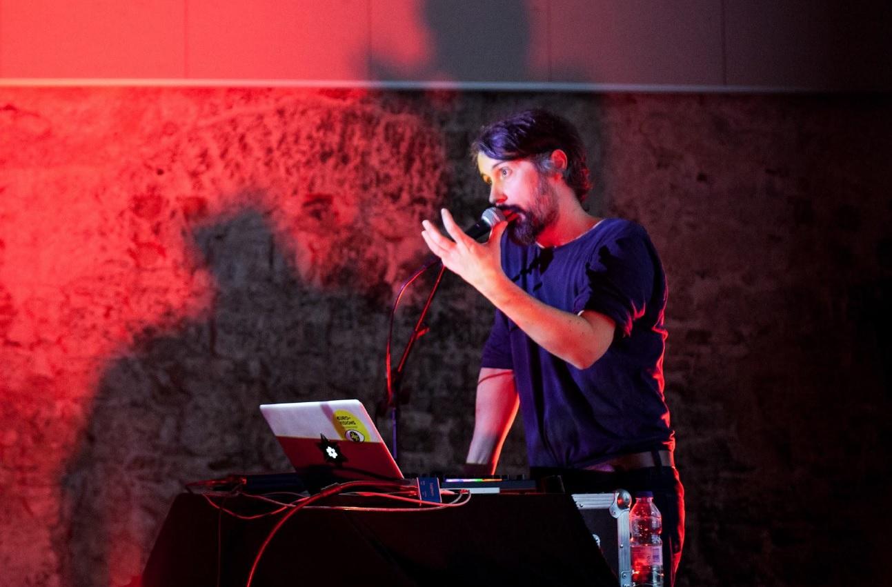 Antropoloops – Musik quer über  Kontinente und durch die Zeiten
